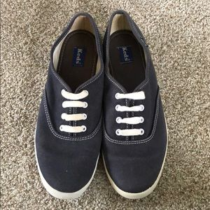 Keds sneakers size 8